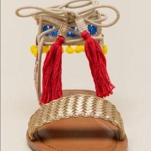 Indigo Rd Doe Lace Up Sandal - style Doe